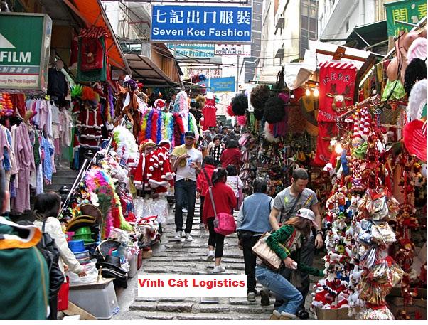 Hàng hóa Trung Quốc đa dạng, phong phú