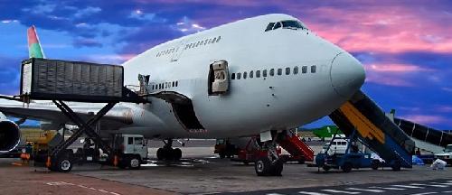vận tải hàng bằng đường hàng không