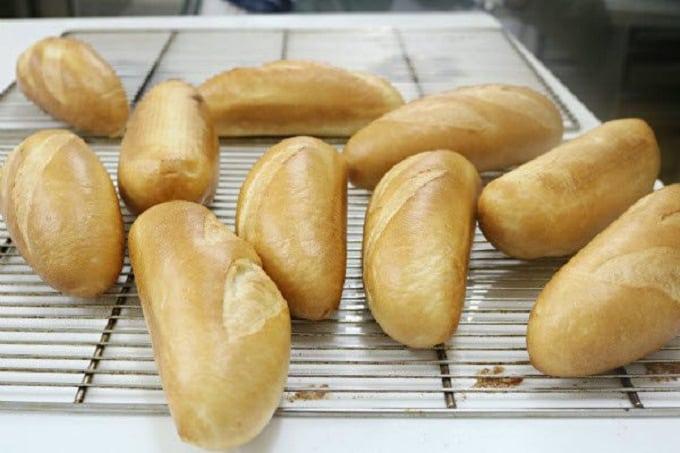 Bánh mì ăn nhanh;