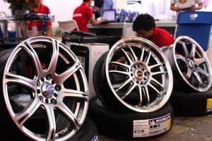 Thủ tục nhập khẩu phụ tùng ô tô xe các loại